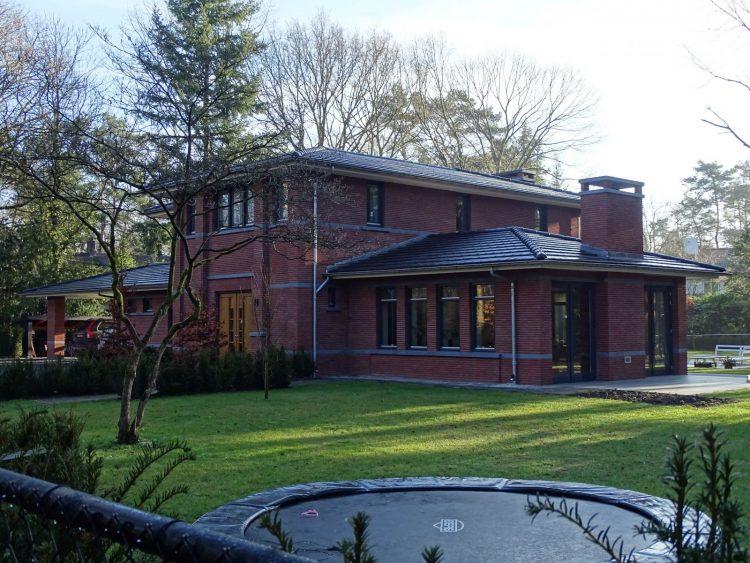 Villa te Waalre